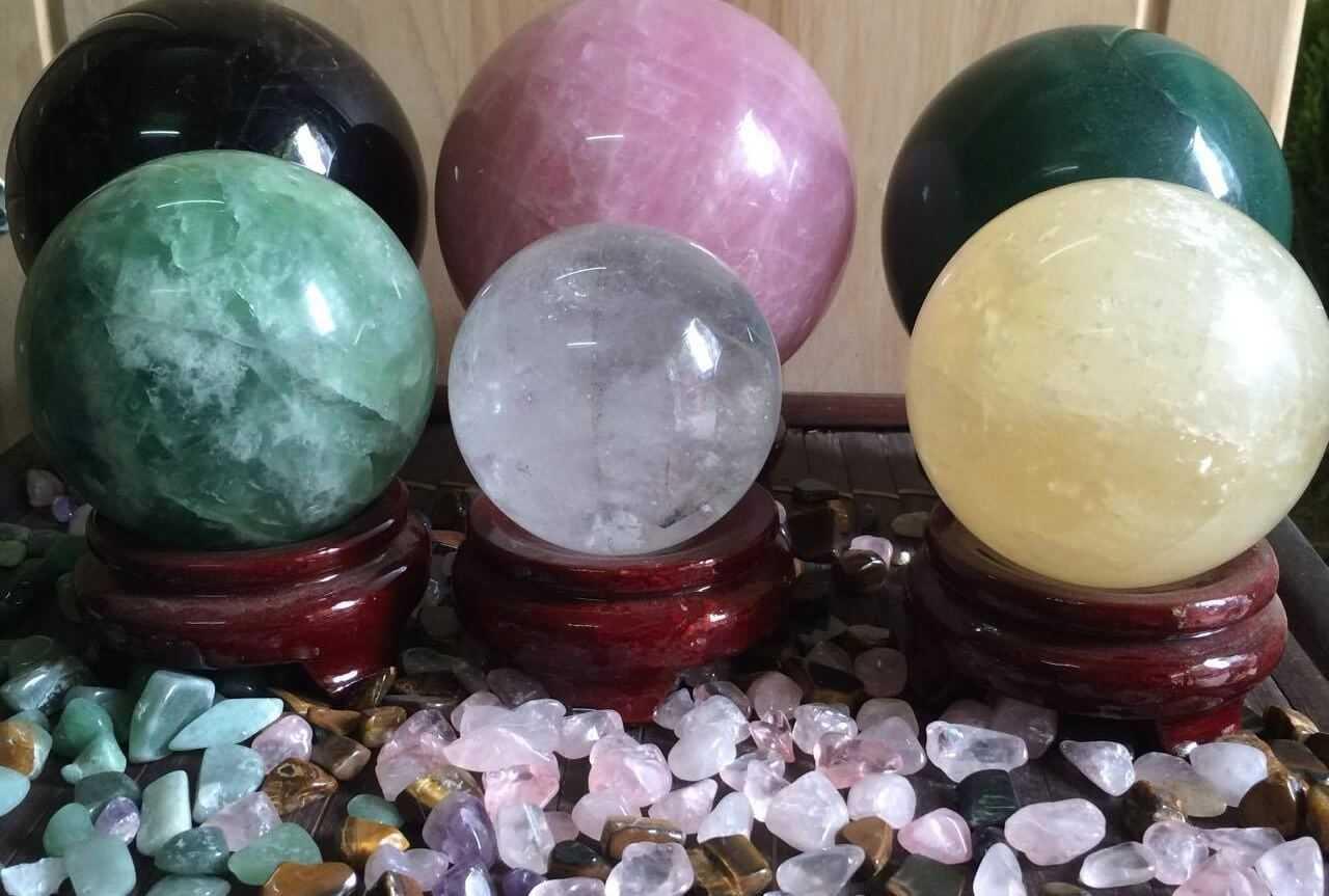 cách giải đen cờ bạc bằng đá phong thủy