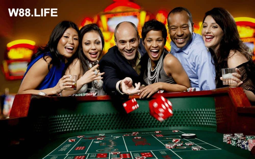 chơi game kiếm tiền với đánh bài casino