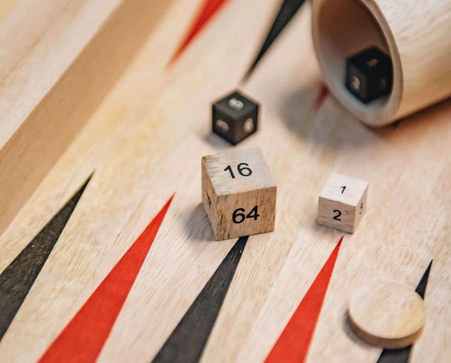 kinh nghiệm chơi backgammon game