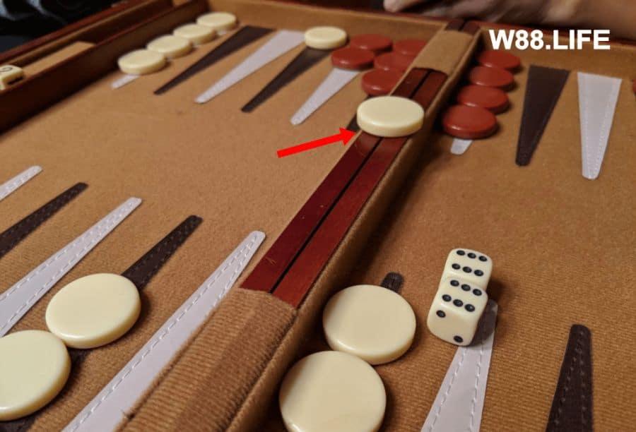 luật chơi cờ backgammon
